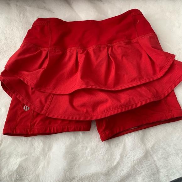 lululemon athletica Dresses & Skirts - Lululemon red speed squad skirt/skort